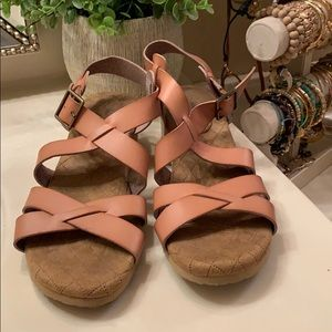 Wedge sandals size 9